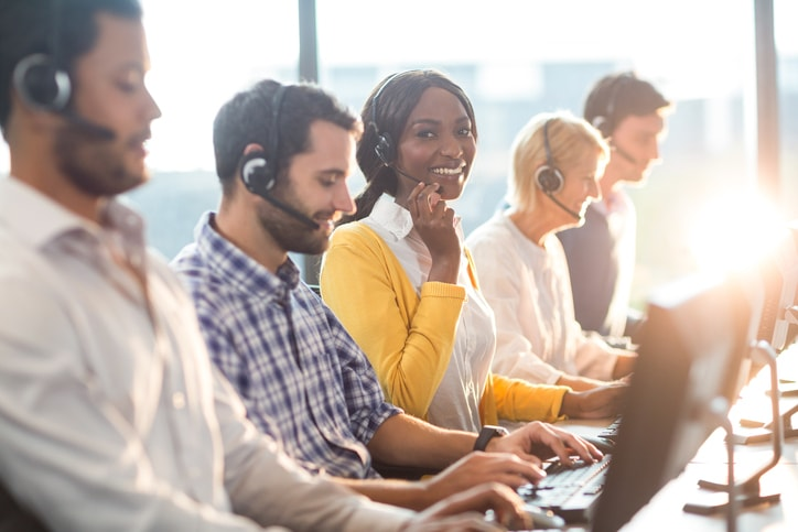 7 Steps to Building the Ultimate Customer Service Team